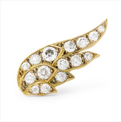 Lot 27-A single diamond stud earring.