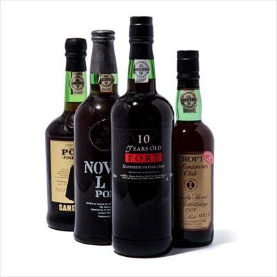 Lot 20-7 bottles Mixed Ports