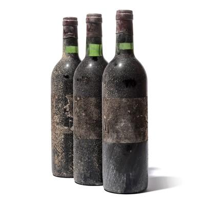 Lot 21 - 10 bottles 1974 Ch Lafite Rothschild