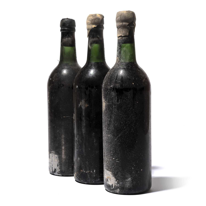 Lot 2-6 bottles 1966 Vintage Port