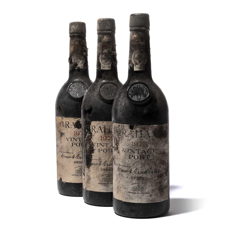 Lot 3-12 bottles 1975 Graham