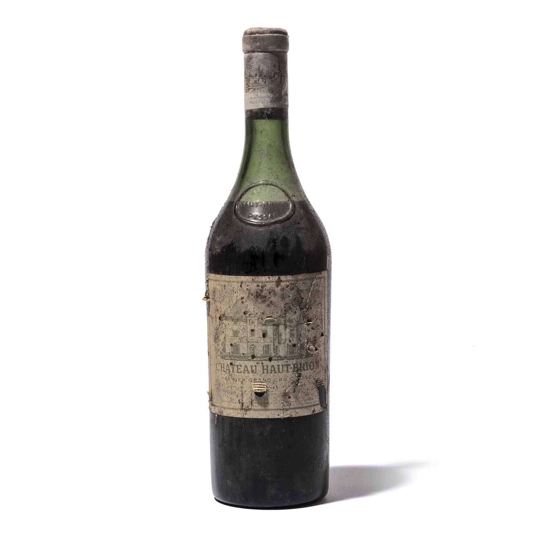 Lot 28 - 1 bottle 1960 Ch Haut Brion