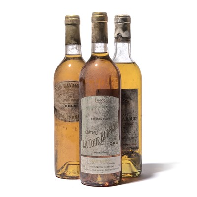 Lot 136-3 bottles Mixed Sauternes