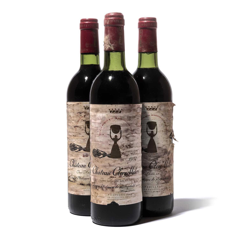 Lot 72-12 bottles 1982 Ch Clerc Milon