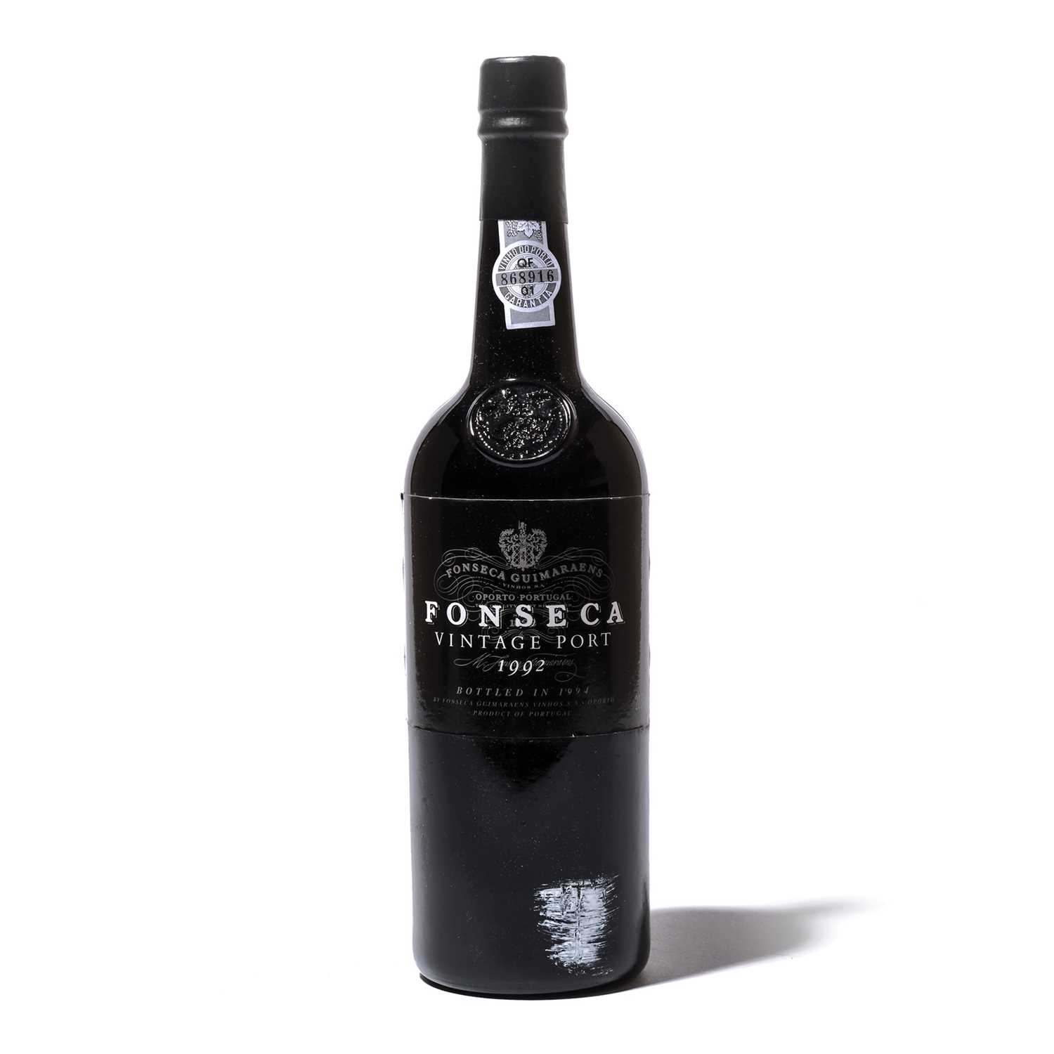 Lot 12-12 bottles 1992 Fonseca