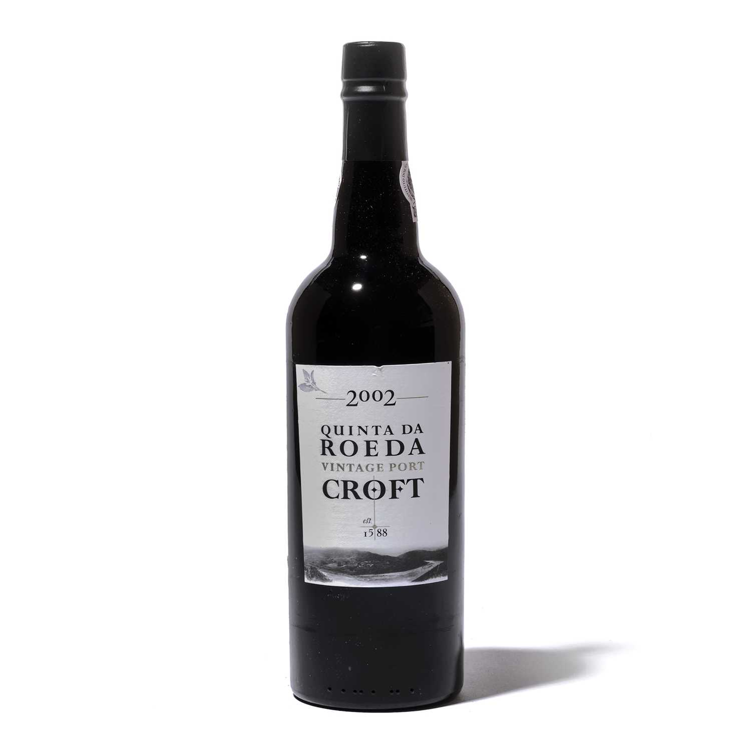 Lot 15-12 bottles 2002 Croft Quinta do Roeda