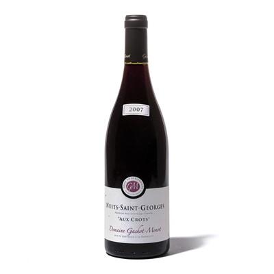 Lot 83 - 12 bottles 2007 Nuits-St.Georges Les Crots