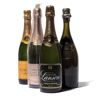 Lot 113 - 6 bottles Mixed Champagne