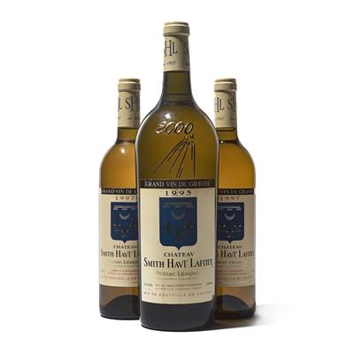 Lot 47 - 3 bottles Mixed Ch Smith Haut Lafitte Blanc