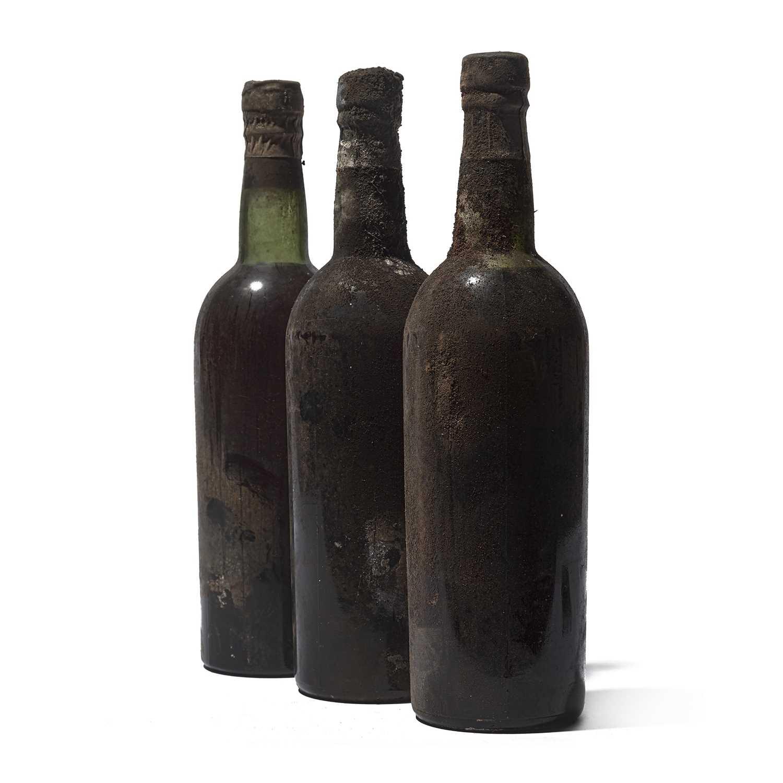 Lot 10 - 9 bottles Mixed Vintage Port