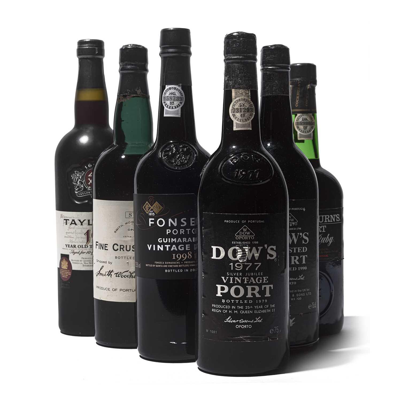 Lot 8 - 6 bottles Mixed Ports