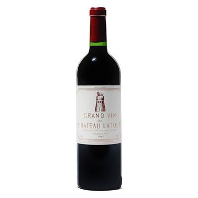 Lot 77 - 9 bottles 1997 Ch Latour