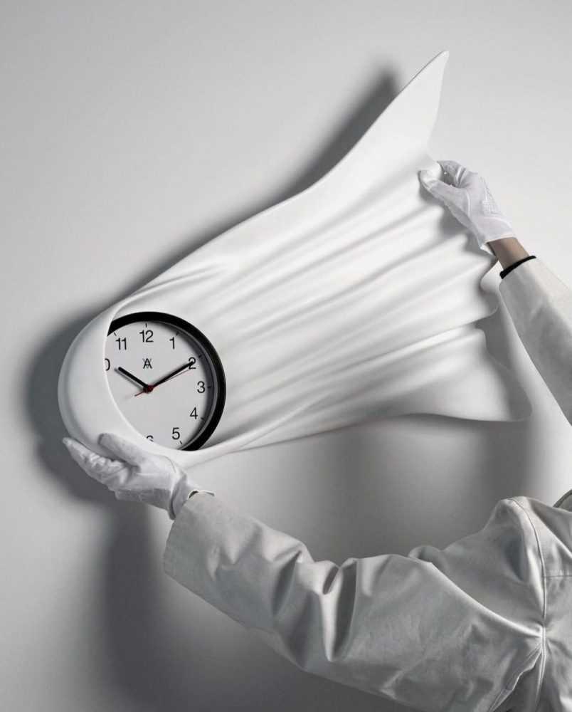 Lot 22 - Daniel Arsham (American 1980-), Falling Clock, 2021